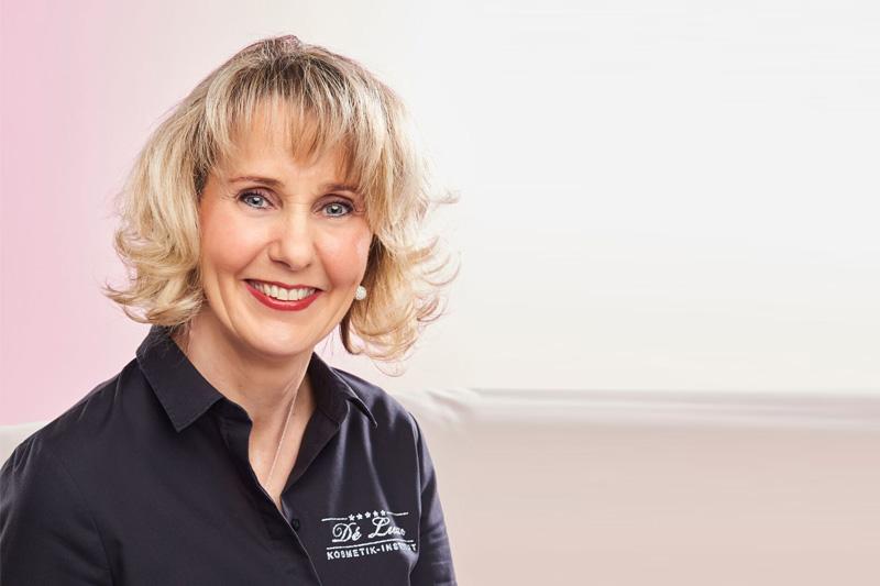 Elvira Seubert staatlich geprüfte durch die HWK Fachkraft für Ganzheitskosmetik und Wellness