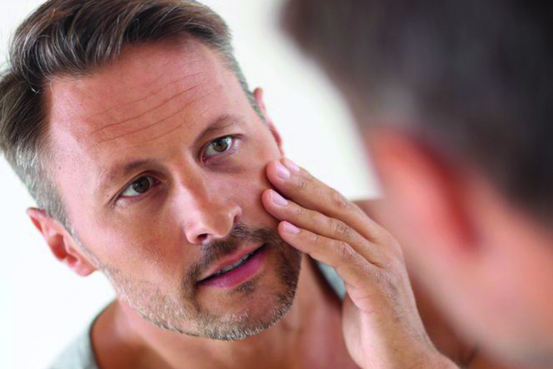 Kosmetische Behandlungen speziell für Männerhaut