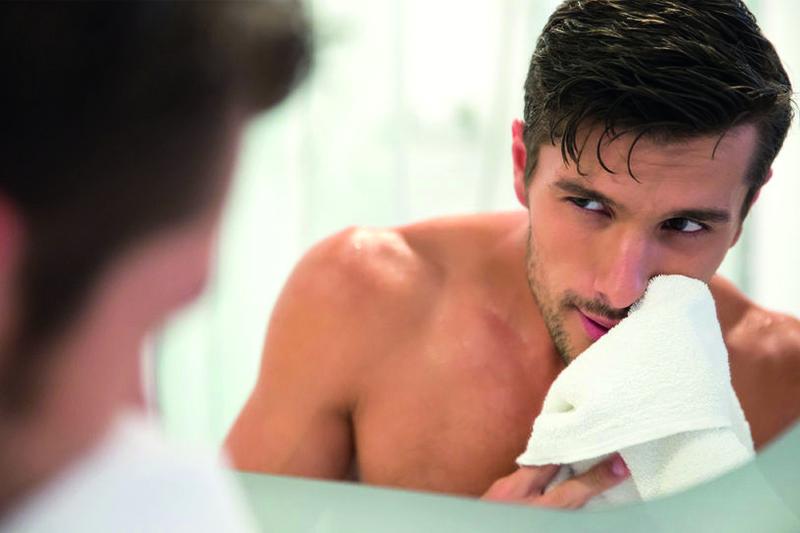 Auf die Männerhaut abgestimmte Behandlung
